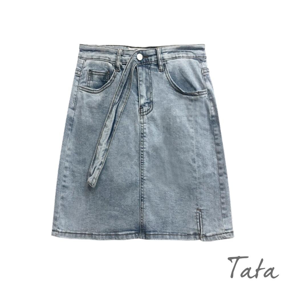 腰帶造型小開岔微包臀牛仔短裙 TATA-(S~L)