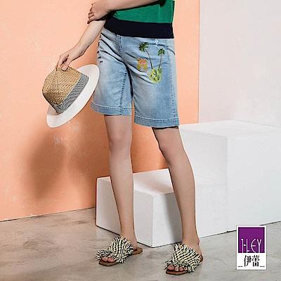 ILEY伊蕾 棕櫚刺繡輕薄刷白牛仔五分褲(藍)
