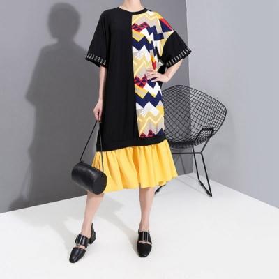 日系半邊幾何印花裙擺拼接寬鬆洋裝-F-CLORI