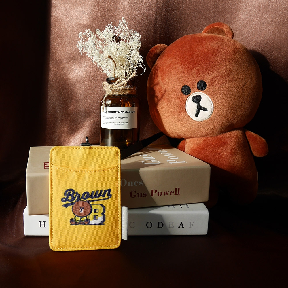 【OUTDOOR】LINE聯名款-校隊熊大卡片證件套-黃色 ODBF20A06YL