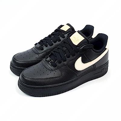 Nike 復古鞋 AIR FORCE 1 07 LE 女鞋