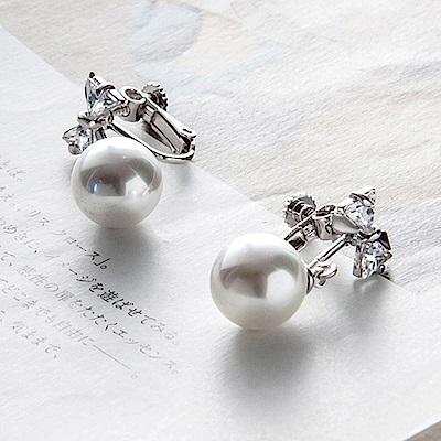 Rshow Lady 典雅柔美珍珠氣質簡約鑲鑽蝴蝶夾式耳環
