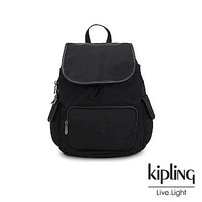 Kipling 極致低調黑拉鍊掀蓋後背包-CITY PACK S