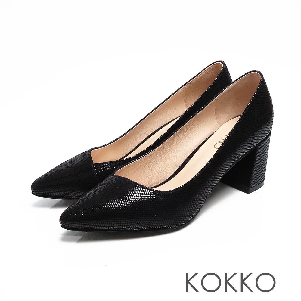 KOKKO美的平衡點斜口素面真皮高跟鞋壓紋黑