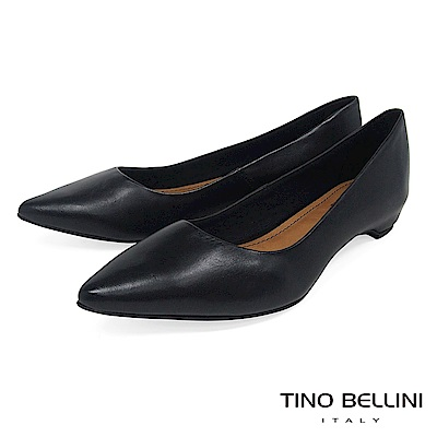Tino Bellini 巴西進口純色雅緻氣質舒足低跟包鞋 _ 黑