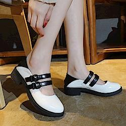 韓國KW美鞋館 時尚元素星圖後粗紅白粗跟鞋-米白色