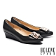 高跟鞋 HELENE SPARK 氣質典雅羊皮豹紋飾釦尖頭楔型高跟鞋-黑 product thumbnail 1