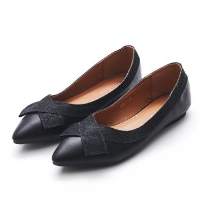 A one  閃亮交叉織帶尖頭平底鞋-黑色