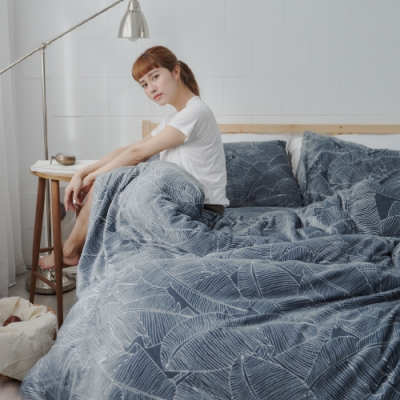 BUHO 極柔暖法蘭絨(6x7尺)標準雙人兩用被套毯(城市森影)