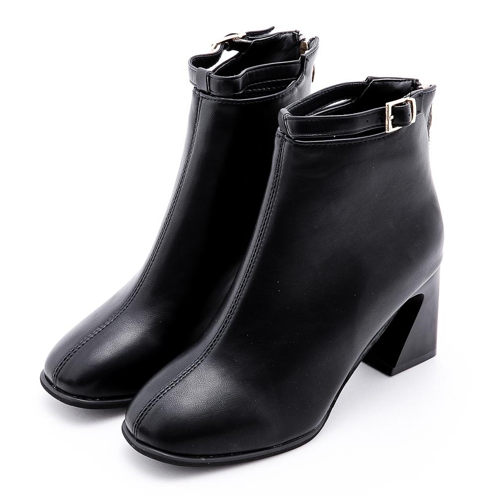 River&Moon韓系簍空皮帶扣方頭造型粗跟靴 黑