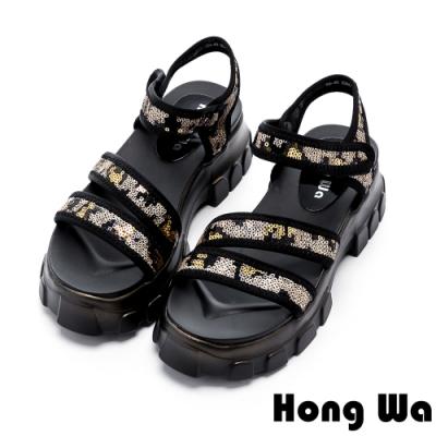 Hong Wa 休閒渡假風牛皮貼飾厚底涼鞋 - 黑