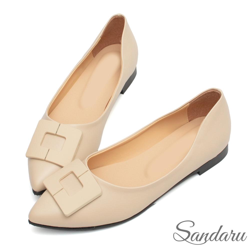 山打努SANDARU-尖頭鞋 美型方扣素面平底鞋-米