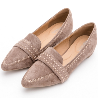 River&Moon俐落縫線造型麂絨尖頭小跟樂福鞋 卡其