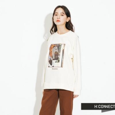 H:CONNECT 韓國品牌 女裝-特色圖印大學T-卡其