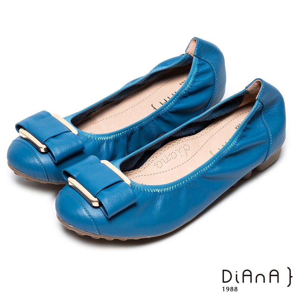 DIANA 都市歐風-方釦蝴蝶結真皮圓頭平底娃娃鞋-英國藍