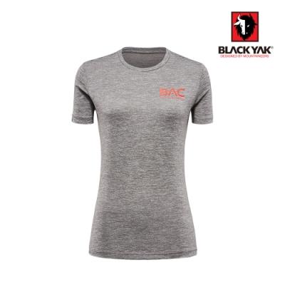 【BLACK YAK】女BAC logo吸排短袖上衣 [麻花灰]