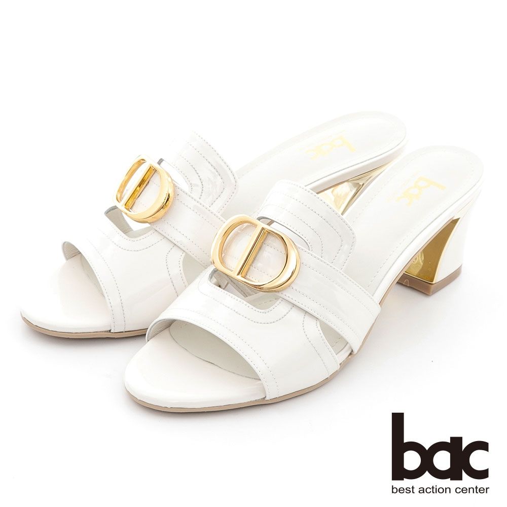 【bac】英文字母字樣金屬粗跟涼拖鞋-白