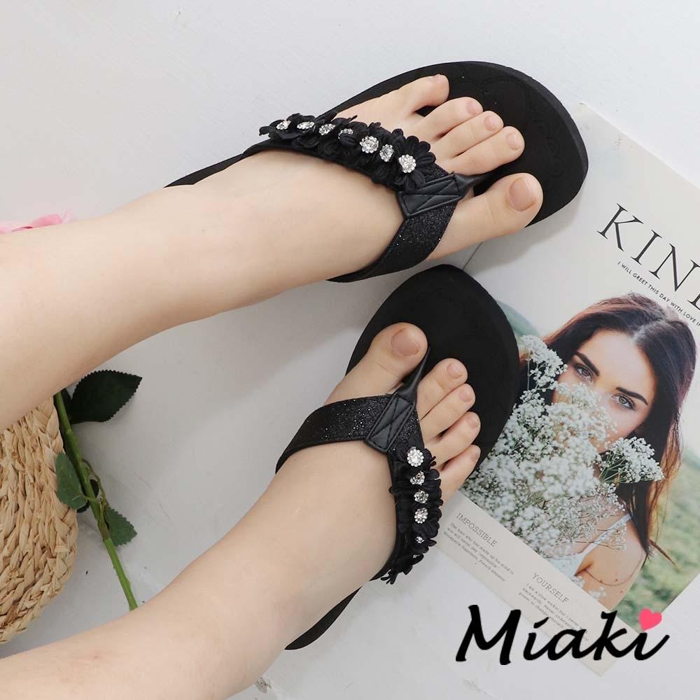 Miaki-拖鞋.MIT 花朵鑲鑽厚底人字拖 (黑色系)