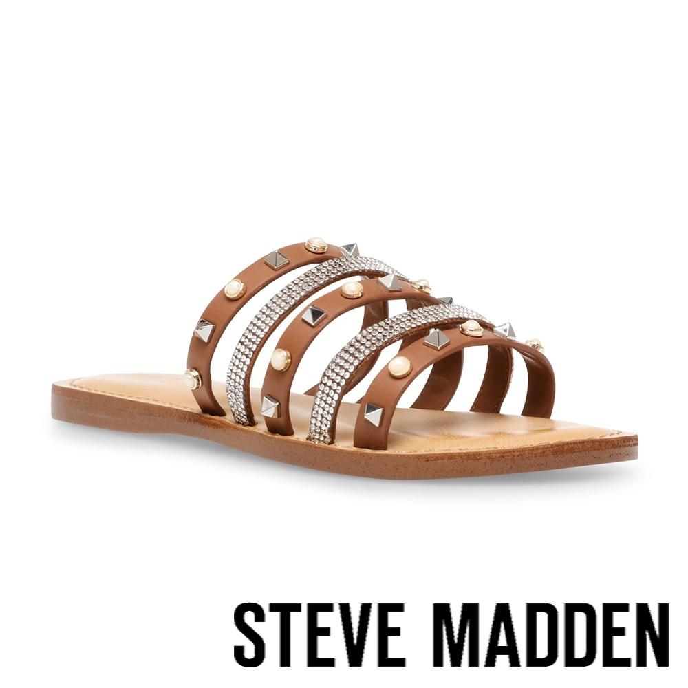 STEVE MADDEN-MIKAH 時尚飾扣皮質涼拖鞋-咖啡色