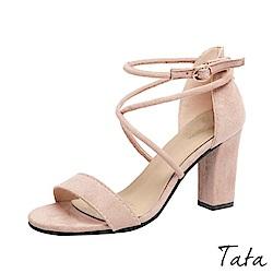 一字扣交叉高跟鞋 共三色 TATA