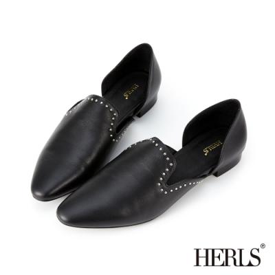 HERLS 全真皮鉚釘滾邊鏤空尖頭低跟鞋-黑色