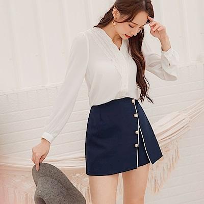開衩設計質感珍珠排釦假兩件短褲裙-OB大尺碼