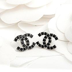 CHANEL 經典雙C LOGO立體圓形水鑽穿式耳環 (黑色)
