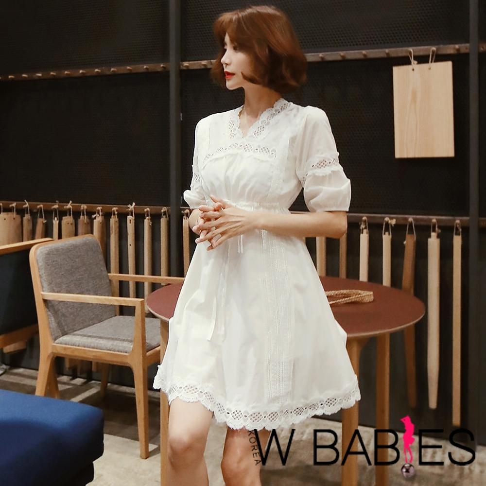 正韓 拼接鏤空燒花蕾絲公主袖洋裝 (共二色)-W BABIES