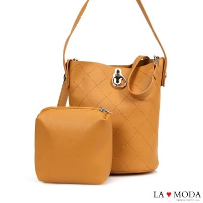 La Moda 人氣不敗小香風菱格車線多背法質感旋鈕肩背斜背子母包(棕)