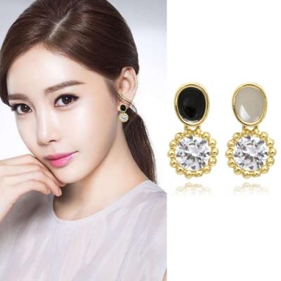梨花HaNA 無耳洞韓國新款莫蘭迪圓飾水鑽耳環夾式