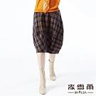 【麥雪爾】雙口袋格紋氣球八分裙