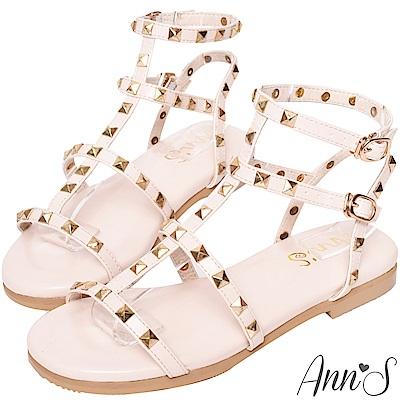 Ann'S歐美風格-金色鉚釘羅馬平底涼鞋-杏