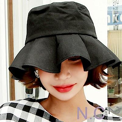 N.C21-正韓 素面波浪荷葉邊遮陽帽(黑色)