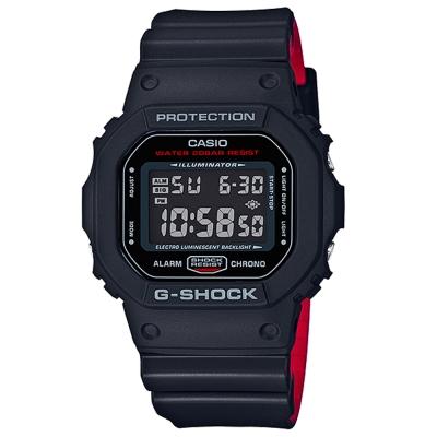 G-SHOCK經典復刻紅黑騎士絕對強悍精神概念休閒錶(DW-5600HR-1)48.9mm