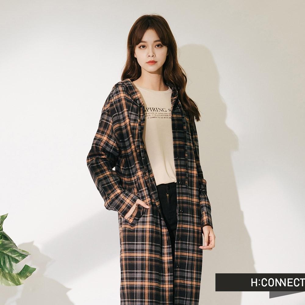 H:CONNECT 韓國品牌 女裝-休閒連帽長版格紋襯衫-黑
