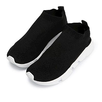 BuyGlasses 保護NI !素色輕量襪套式慢跑鞋-黑