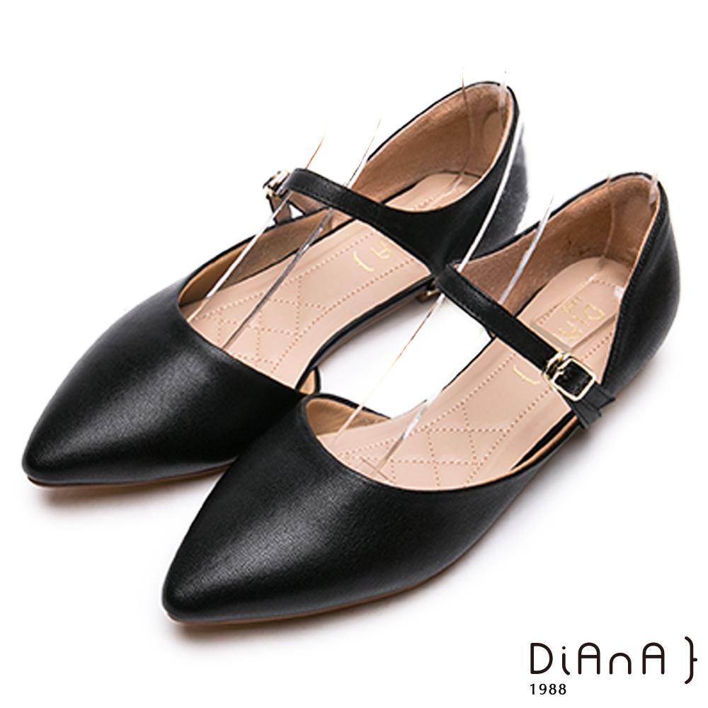 DIANA真皮繫帶側空涼鞋-高貴優雅-黑