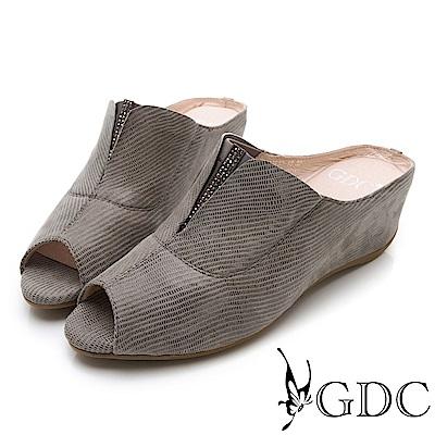 GDC-真皮低調優雅楔型魚口水鑽拖鞋-灰色