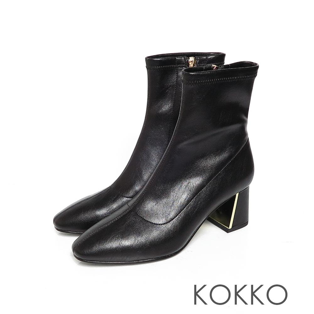 KOKKO激瘦感美腿方頭鏡面粗跟拉鍊襪靴經典黑