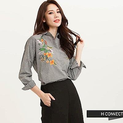 H:CONNECT 韓國品牌 女裝-典雅雙邊繡花格紋襯衫-黑(快)