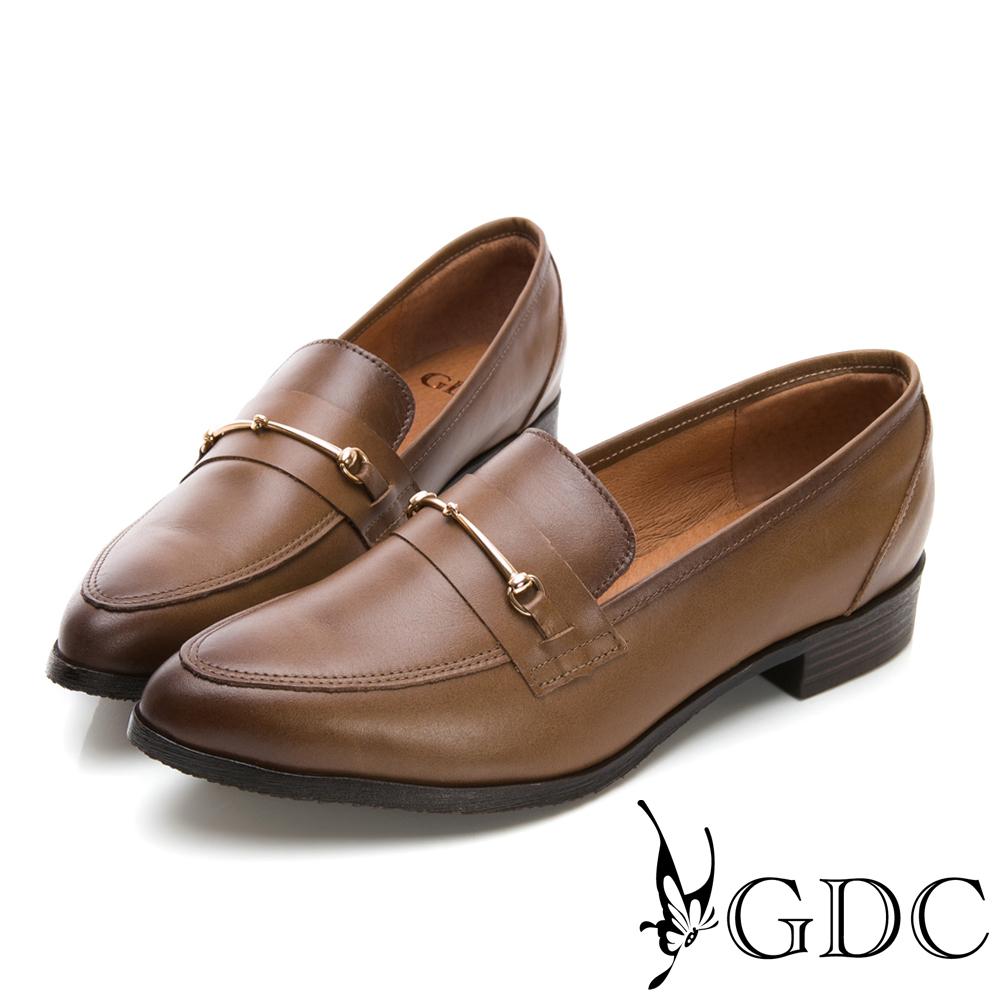 GDC-歐風真皮簡約知性尖頭鞋-咖色