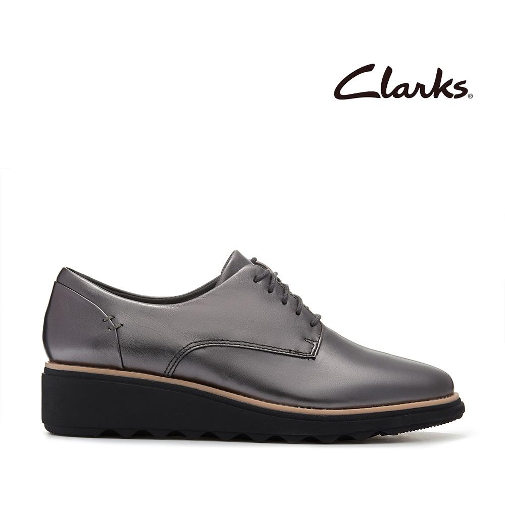 Clarks 樂活休閒  簡約設計輕量楔型跟休閒繫帶鞋 青铜色