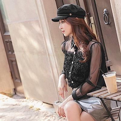 微透膚網紗立體蕾絲燒花珍珠釦長袖上衣-OB大尺碼