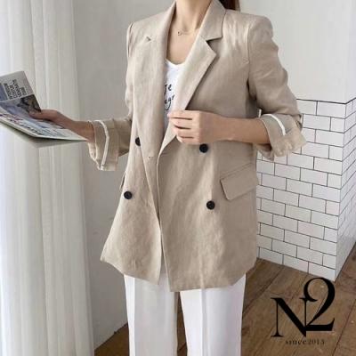 外套 正韓雙排扣麻質涼感腰身剪裁口袋西裝外套(杏色)N2