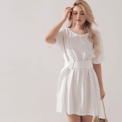 AIR SPACE PLUS 圓領腰帶造型短袖洋裝(白)