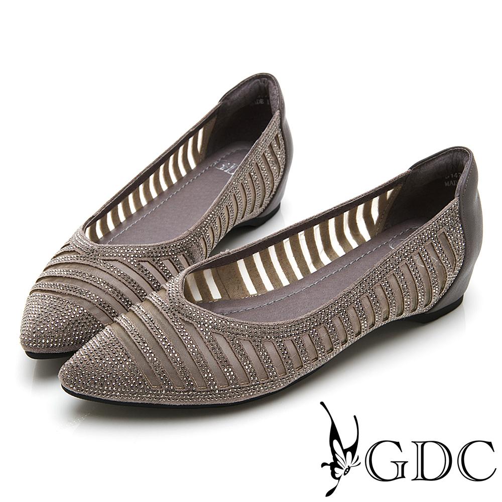 GDC-真皮水鑽橫條造型V型裁切尖頭內增高跟鞋-灰色