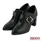 BESO 簡約俐落 全真皮飾釦 2way粗跟踝靴~黑