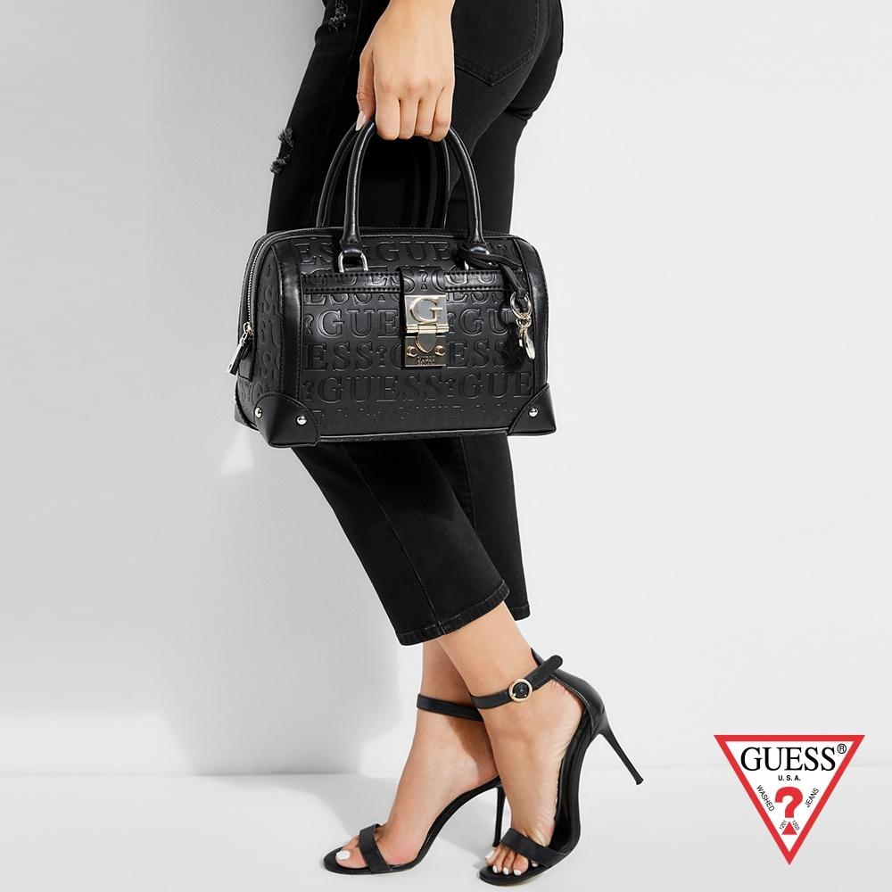 GUESS-女包-壓紋菱格金屬扣手提包-黑