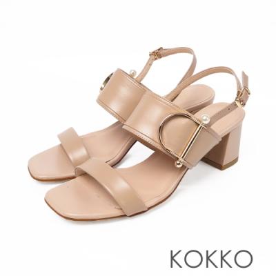 KOKKO小香風珍珠牛皮粗跟方頭涼鞋-奶茶色