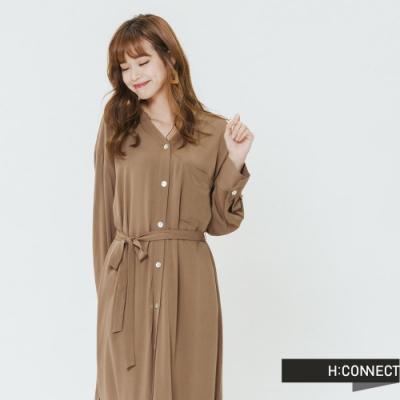 H:CONNECT 韓國品牌 女裝-氣質排扣綁帶洋裝-卡其